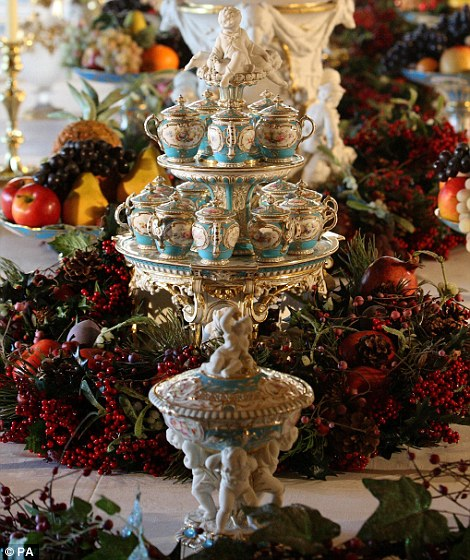 Christmas Decorations In Victorian England: Christmas At Windsor Castle