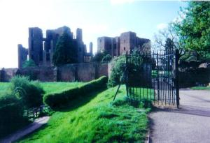 Easter at Kenilworth Castle ruins